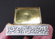 Load image into Gallery viewer, ANTIQUE 1870s Indian Chased Silver Oblong Snuff Box. TRICHINOPOLY. Hinged Lid and Gold Gilt Wash Interior