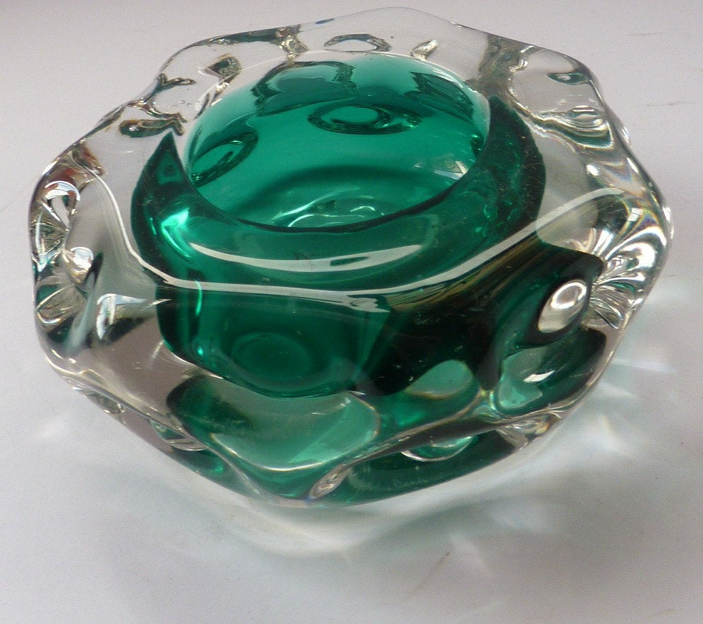 Collectable Cornish LISKEARD Glass Bowl. Emerald Centre with Six Knobbly Sides of Cased Clear Glass. Designed by Jim Dyer
