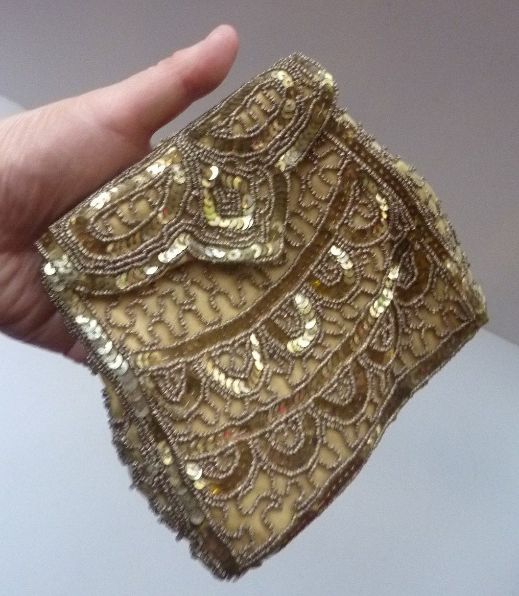 Pretty Little Vintage Sequinned Evening Purse. Made in Belgium: 1940s