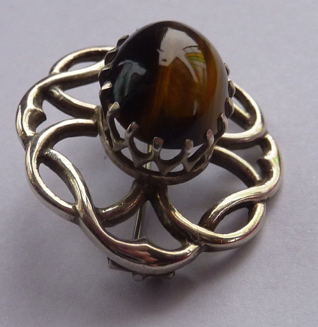 Stylish Vintage Scottish Silver Brooch. Made in Edinburgh and Hallmarked for 1978. Tiger's Eye Stone