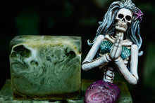 Load image into Gallery viewer, Spirulina Florida Water Soap