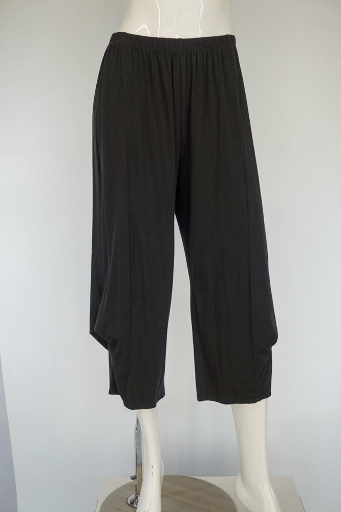 Chalet Bamboo Crop Pant - Black