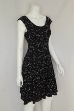 Load image into Gallery viewer, Petticoat Lane 2 Pocket Dress - Constellation
