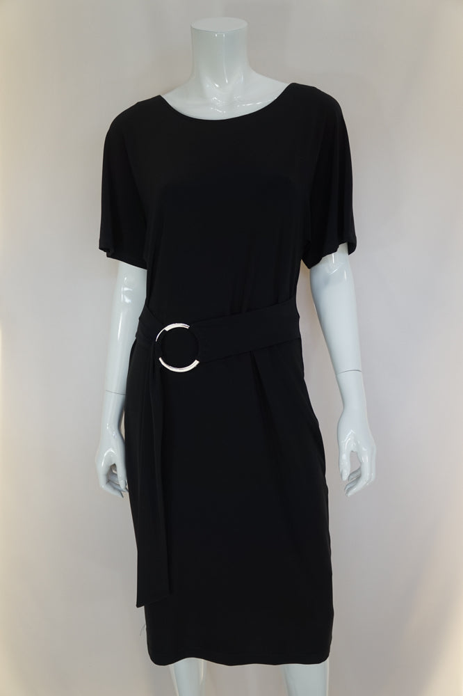 Frank Lyman is designed and manufactured in Canada and sold worldwide. Fashionable and unique dresses, tops, tunics and pants for todays chic and self-assured woman.