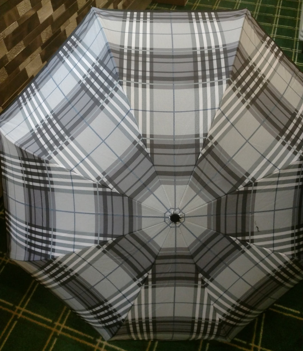 Umbrella - inverted plaid