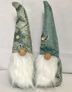 Medium Paisley gnomes