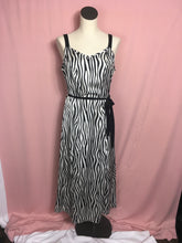 Load image into Gallery viewer, Long Zebra Print Dress