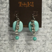 Load image into Gallery viewer, Light Blue drop earrings