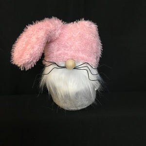 Metal whisker Easter gnome