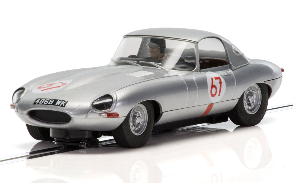 C3952 Scalextric Jaguar E-Type #67