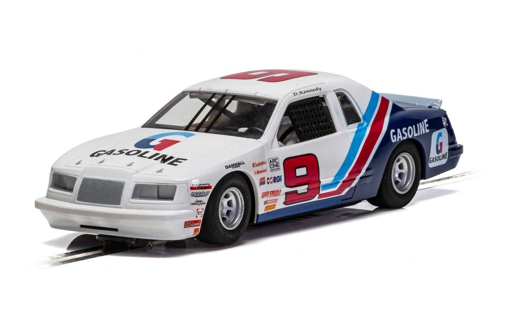C4035 Scalextric Ford Thunderbird 1986 - Blue/White/Red, No. 9