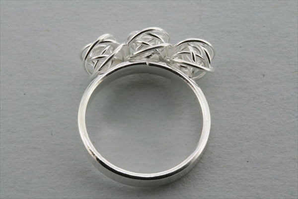 3 x knot top ring
