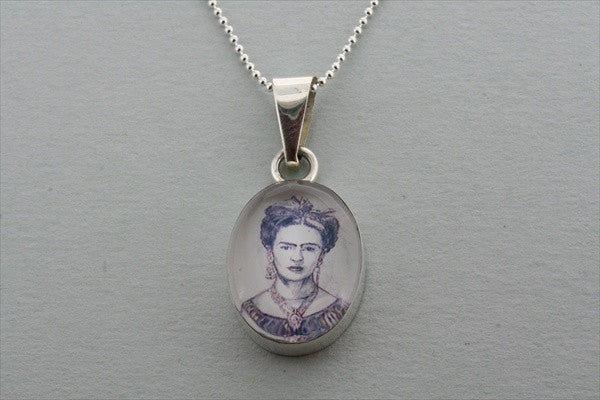 Frida pendant - grey on 55cm ball chain