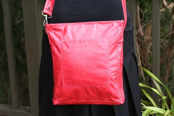 patchpocket bag - red