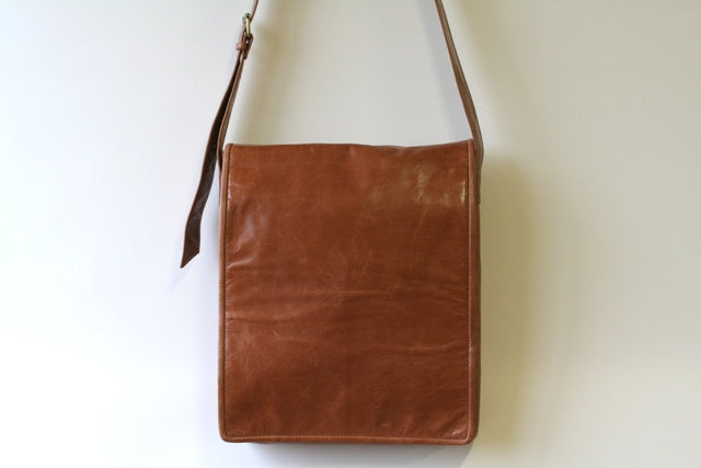 Satchel - antique tan