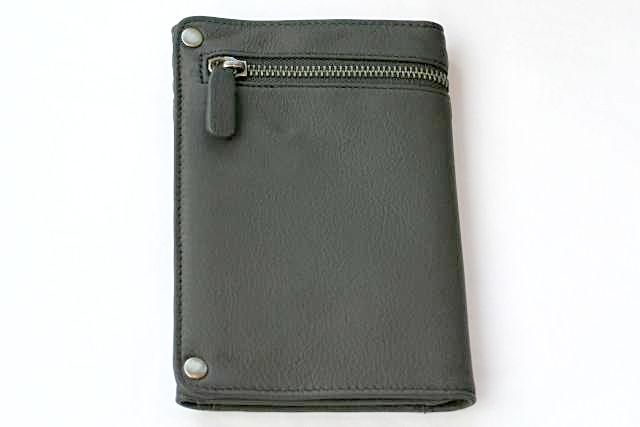 travel wallet - charcoal