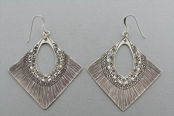 diamond etched earring