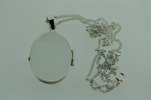 large oval locket pendant on 60cm link chain