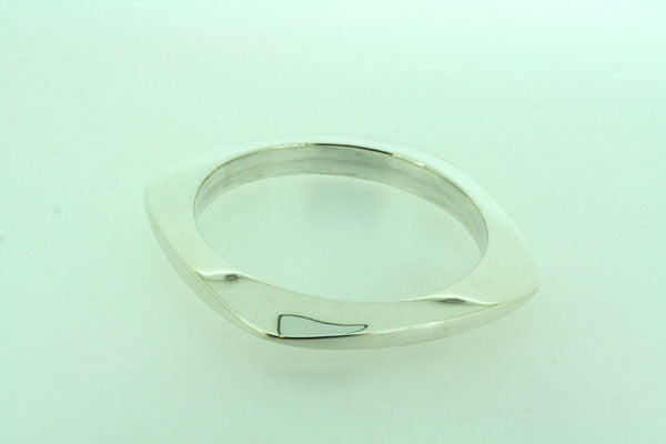 squared oval disc bangle