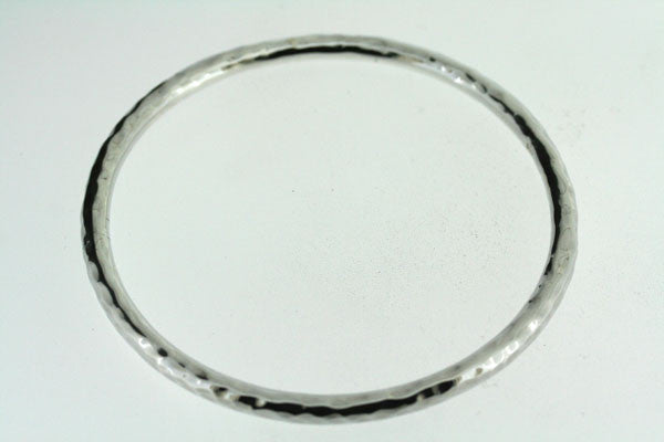 circular battered tube bangle