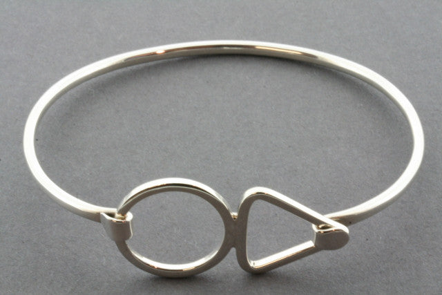 circle triangle closer bangle