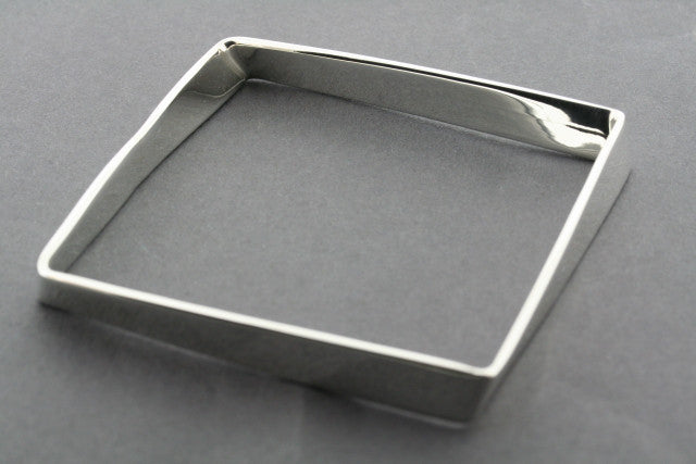 buckled square bangle