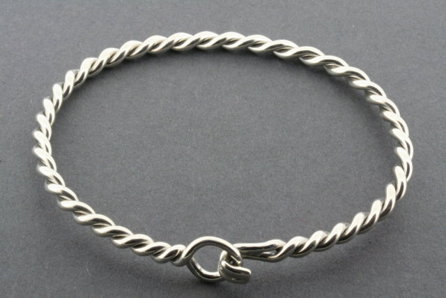 twisted hook bangle
