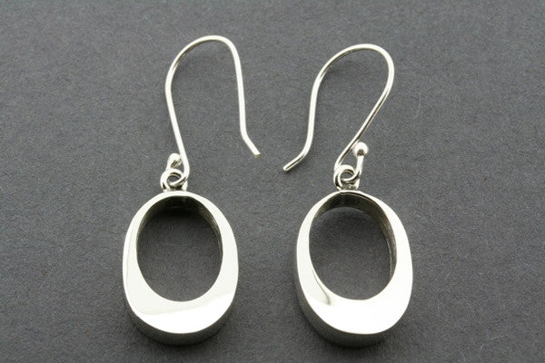 off centre oval earring - sterling silver