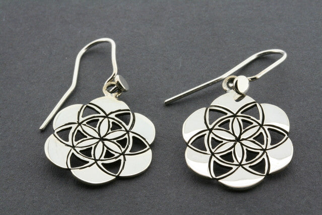 flower mosaic earring