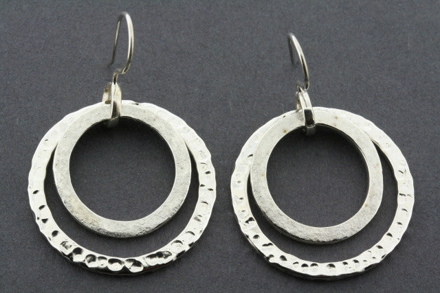 2 Loop Textured Earring