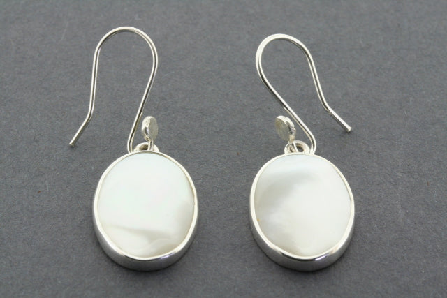 mother of pearl drop earring