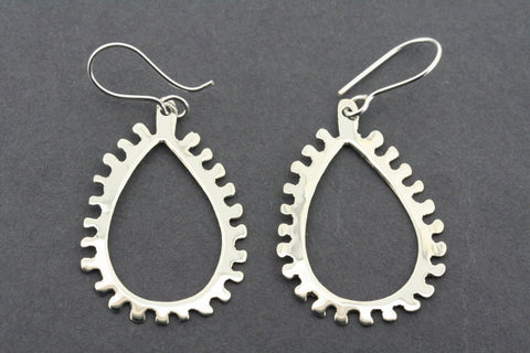 open teardrop comb earring