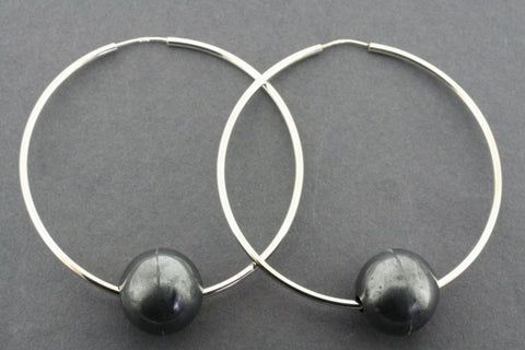 Large hoop with ox ball earrings