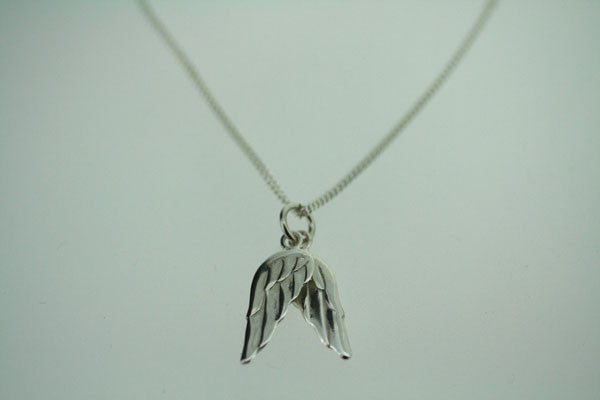 wing pendant - large on 55cm link chain