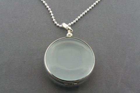 large circle resin locket on 80cm ball chain
