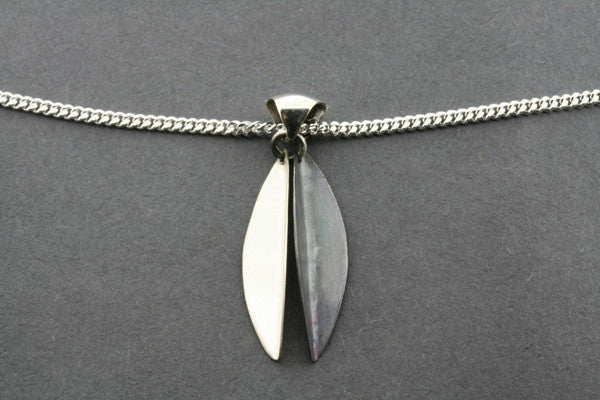 small angled silver/oxidized pendant on 55cm link chain