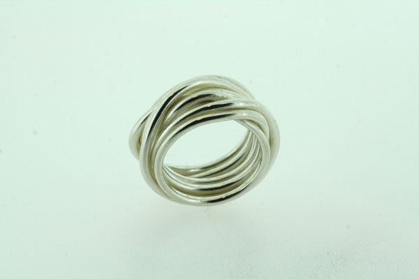 chuy knot ring
