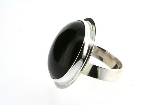 onyx circular ring - sterling silver