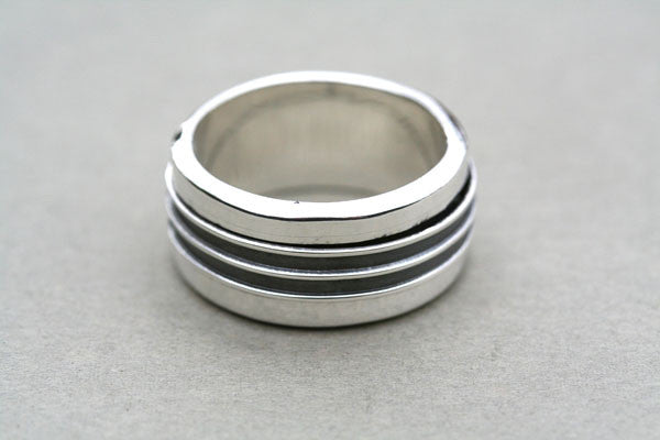 Oxidised and Polished Sterling Silver Spinner Ring