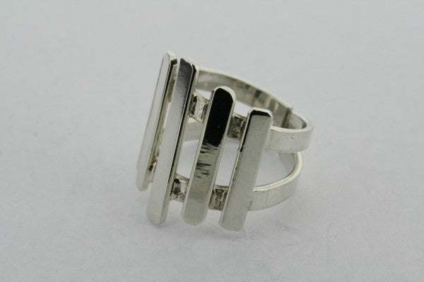 5 bar deco ring