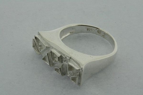 triangle detail top ring