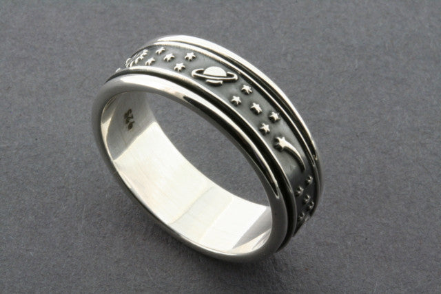 galaxy spinner ring