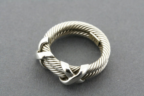 2 rope cross stitch ring