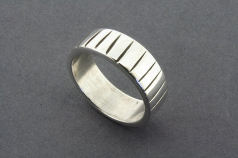 etched line ring