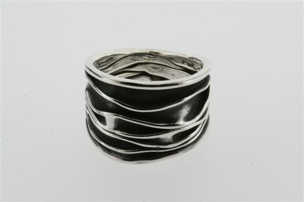 oxidised creased ring