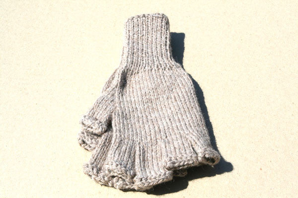 Alpaca Hand Knitted Hobo Gloves in Oatmeal