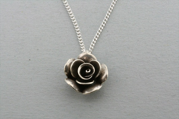 small rose pendant on 55cm link chain