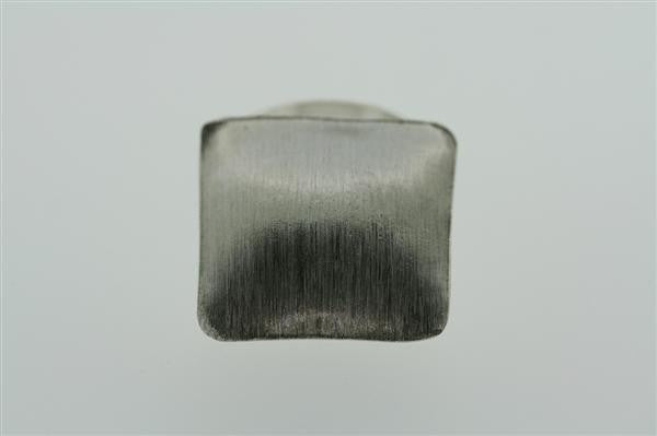square dish scratched ring