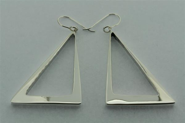 tapering triangle hoop earring