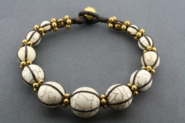 ball bead bracelet - white